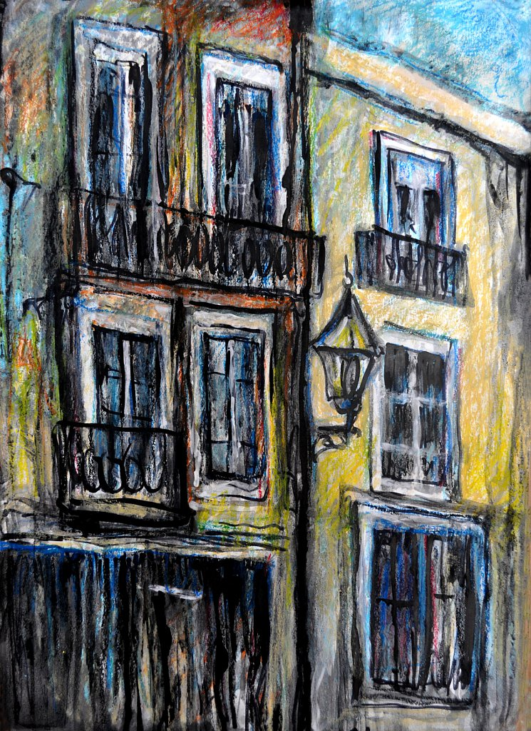 old-windows-in-lisbon.jpg